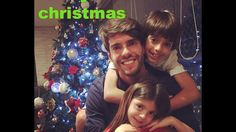 Famous footballers celebrating merry christmas ( Messi Neymarkaka) Neymar, Messi, Merry Christmas, Marketing, Celebrities, Merry Little Christmas, Celebs, Wish You Merry Christmas, Celebrity