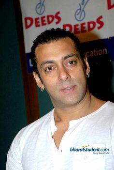 Salman Khan Photo, Bollywood, Big Big, Actors, My Style, Handsome, Fan, Gallery, Bracelets