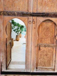 Riad Agadir - 5 Merveilleuses Maisons Traditionnelles Marocaines Morocco, Home Decor, Traditional Homes, Earth Quake, Decoration Home, Room Decor, Interior Design, Home Interiors