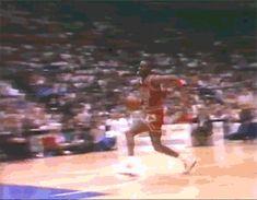 人間はこんなに跳べるのか…マイケル・ジョーダンの「跳躍力が凄すぎて」逆にリアリティがない件
