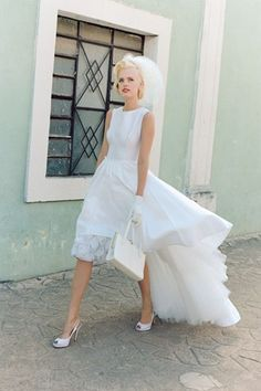 Love this #short_white_wedding_dress with a train