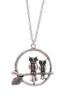 I always have on my own pendant necklace (not this one but I love this!) Love the owl - I think it's my daughter's totem; she's an old soul. #MyDayInStitchFix