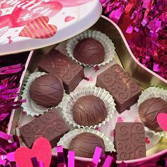 Chocolate Strawberry Cream Truffles — Keto For Real Life People Strawberry Syrup, Strawberry Filling, Strawberries And Cream, Sugar Free Chocolate Chips, Melting Chocolate, Filled Candy, Keto Candy, Chocolate Shells, Candy Molds
