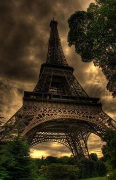 The Eiffel Tower (French: La Tour Eiffel, Paris, France. Tour Eiffel, Paris Torre Eiffel, Paris Eiffel Tower, Paris Tour, Paris 3, Paris City, Places Around The World, Oh The Places You'll Go, Places To Travel
