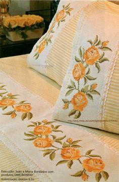 Вышитое постельное белье  http://blog.meta.ua/users/tgkh/posts/i2945440/