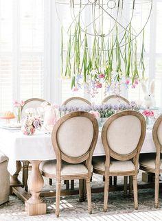 Ideas easter brunch table setting pastel for 2019 Brunch Table Setting, Table Settings, Easter Brunch Menu, Brunch Buffet, Easter Dinner, Easter Party, Brunch Decor, Brunch Food, Table Setting Inspiration