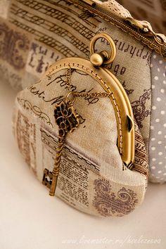 """Купить Сумочка и кошелёк """" Тайна"""" - серый, в горошек, сумочка с фермуаром, вечерняя сумочка"""