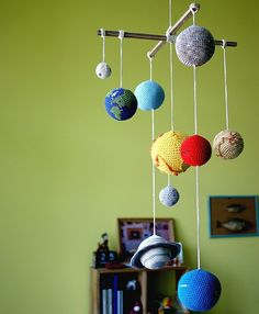 Introduce your little star to the solar system. - http://noveltystreet.com/item/13388/