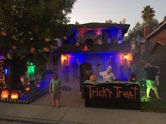 Halloween haunt 2015! Garage Halloween Party, Casa Halloween, Halloween Outside, Halloween Circus, Scary Halloween Decorations, Halloween Haunted Houses, Halloween Birthday, Outdoor Halloween, Halloween Town