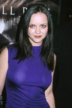 christina-ricci-braless Enter your pin description here. Christina Ricci, Christina Aguilera, Beautiful Christina, Christina Applegate, Actress Christina, Female Stars, Jennifer Aniston, Celebrity Pictures, Celebrity Moms