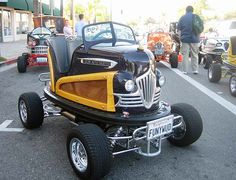 Street legal bumper cars. - haha amazing!