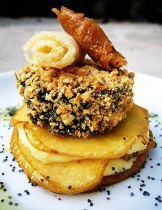 Las recetas de Lola: Crocanti de morcilla Rios sobre lasaña de manzana y queso