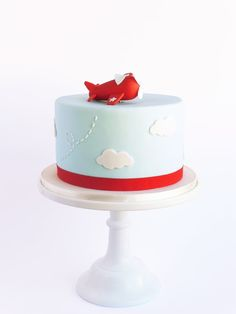 Peaceofcake ♥ Sweet Design: Airplane Cake And Cookies • Bolo e Bolachas Avião