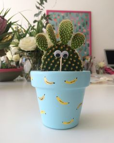 cactus flower and coconut Painted Plant Pots, Painted Flower Pots, Cactus Flower, Easter Cactus, Garden Labels, Flower Pot Design, Herb Garden Design, Light Blue Flowers, Diy Arts And Crafts