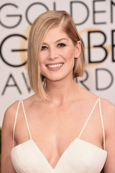 Pin for Later: Did They or Didn't They? The Best (Faux) Tans of the Red Carpet Rosamund Pike