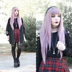 Get this look: http://lb.nu/look/8420293  More looks by Federica D: http://lb.nu/vanillasyndrome  Items in this look:  Romwe Black Sporty Jacket, Romwe Distressed Sweater   #edgy #gothic #grunge