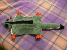 Gratis patroon, maar in het Engels. Ravelry: Sugarglider pattern by Jazmo Tennant Crochet Dolls, Crochet Baby, Free Crochet, Knit Crochet, Animal Knitting Patterns, Stuffed Animal Patterns, Crochet Patterns, Stuffed Animals, Crochet Ideas