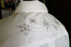 Just Haft: góralska koszula ślubna pana młodego, haftowana w szarotki. Polish folk embroidered with edelweiss motive groom's wedding shirt