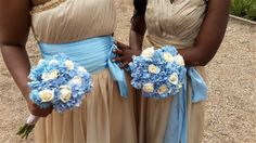 Brides maids flowers