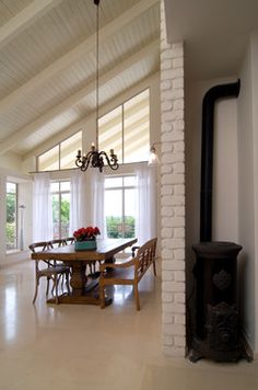 White Beadboard White Beams Sunroom Design, Pictures, Remodel, Decor and Ideas Vaulted Living Rooms, Living Room White, Living Room Windows, Grey Ceiling, Slanted Ceiling, Roof Ceiling, Ceiling Windows, Painted Brick Walls, Paint Brick