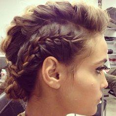 mohawk braids for short hair Up Hairstyles, Pretty Hairstyles, Braided Hairstyles, Wedding Hairstyles, Faux Hawk Hairstyles, Chignons Rock, Good Hair Day, Khloe Kardashian, Gorgeous Hair