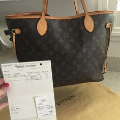 Louis Vuitton Neverfull MM  in very good used condition  no trades  have receipts & dust bag Louis Vuitton Bags Totes