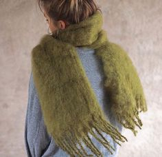 Balmuir Kid mohair scarf in colour Green moss. Picture: @shoclifestyle