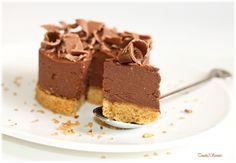 Je vous propose ce succulent cheesecake sans cuisson préparé en un rien de temps pour les envies de desserts chocolatés express ou pour recevoir ! Un cheesecake tout léger qui se laisse déguster sans faim et avec gourmandise... Ingrédients Pour 4 personnes...