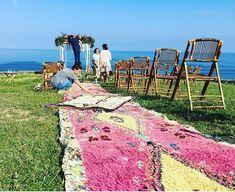 Alfombras por donde pisar de camino al altar #alfombras #ceremonias #ceremoniasalairelibre #bereber #alfombrasbereberes #alfombrasexclusivas