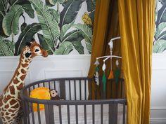 Stokke sleepi cot bed in grey in a tropical safari nursery. Jungle Nursery Boy, Baby Boy Nursery Themes, Safari Theme Nursery, Safari Bedroom, Nursery Room, Baby Bedroom, Nursery Ideas, Nursery Decor, Tropical Baby Bedding