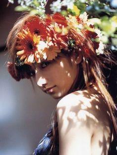 futashika: 後藤真希 (via maki goto idol - high-res photo Photography Women, Portrait Photography, Fashion Photography, Light Photography, Floral Hair, Hair Ornaments, Photo Reference, Flowers In Hair, Girl Photos