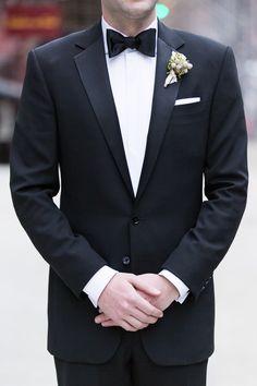 Groom Style: Black tie Photography: Charlie Juliet
