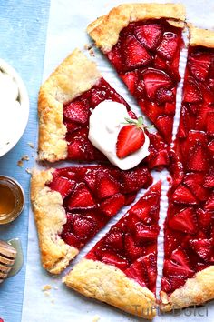 This strawberry crostata with honey whipped cream will change the way you eat desserts forever! Spring Desserts, Just Desserts, Delicious Desserts, Yummy Food, Healthy Food, Tart Recipes, Fruit Recipes, Sweet Recipes, Nutella Recipes