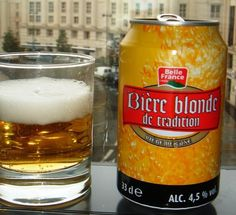 Cerveja Bière Blonde de Tradition, estilo Standard American Lager, produzida por Brasserie de Saint-Omer, França. 4.5% ABV de álcool.