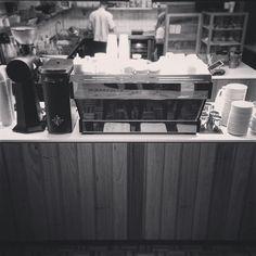 Primed for the onslaught.  #cafelife #cafe #roughdiamond #lamarzocco #lamarzoccopb #mythosone #ek43 #smallbatchcoffee #warrnambool #warrnamboolcafe #warrnamboollunch #warrnamboolcoffee #destinationwarrnambool #Warrnamboolbreakfast #eat3280 #3280 by rough_diamond_coffee