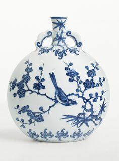 BLUE AND WHITE MOON FLASK WITH BIRDS ON FLOWERING BRANCHES QING DYNASTY, YONGZHENG PERIOD