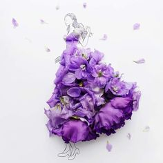 Artist Hanasakura Hanako ( recreates Clara's dress from Disney's The Nutcracker and the Four Realms! In Natura, Purple Aesthetic, Fashion Design Sketches, Little Flowers, Disney S, Flower Art, Flower Girls, Pretty Pictures, Costume Design