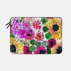 Get $10 off your first order when you use the code: QBADQW on our Super exciting new collaboration with @Casetify, we love the Fiore laptop case