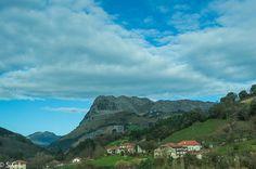 En el valle de Carranza. Bizkaia. http://anden-27.blogspot.com.es/2014/09/el-mejor-rincon-de-espana-2013.html