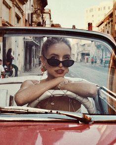 Not your baby.💅🏻 Girl in a car - retro vibe Varadero Cuba, Cuba Fashion, Foto Fashion, Cuba Outfit, Cuba Pictures, Cuba Photography, Editorial Photography, Sagittarius Moon, Gemini