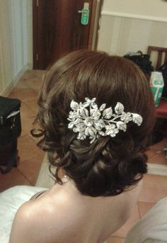 wedding hair in Rome sidebun by Janita Helova http://www.hairmakeupnails-rome.com/