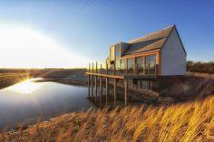 Privatstrand und Dünen mit Außendusche - Ferienhaus Waddenlodge in Den Hoorn (Texel), Niederlande, Nordsee