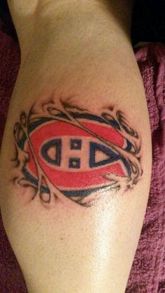 Soumis par / Submitted by Aj Pittman (Facebook). #GoHabsGo #IsItOctoberYet? Family Tattoos For Men, Tattoos For Guys, Montreal Canadiens, Awesome Tattoos, Cool Tattoos, Tattoo Hand, Sleeve Tattoos, Hockey, Tattoo Designs