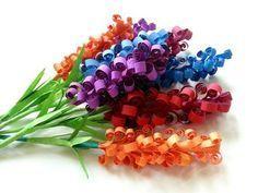 Frühlingsblumen aus Papier basteln - Anleitung-dekoking-com