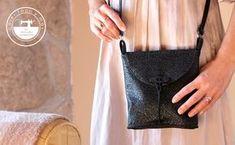 Regala bolsos hechos por ti estas navidades Ideas, Youtube, Fashion, Tela, Paper, Make A Purse, How To Make Bags, Backpack Purse, Sewing Blogs