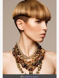 Your Moms Bowl Cut Has Nothing On This Work Of Art Check Out - Hairstyles for short hair upload photo