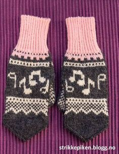 Mittens Pattern, Knit Mittens, Mitten Gloves, Crochet Pattern, Fair Isle Knitting Patterns, Knitting Charts, Free Knitting, Dragon Cross Stitch, Drops Design