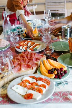 brunch spread at a Tuscan cheese farm