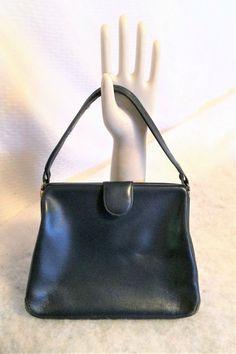 Vintage Navy Blue Leather Purse with Suede Lining Vintage Purses, Leather Purses, 1960s, Navy Blue, Bags, Fashion, Vintage Handbags, Handbags, Moda