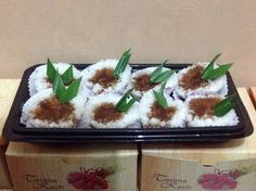 Putu Aceh Traditional Cakes, Indonesian Food, Beverages, Food And Drink, Snacks, Desserts, Foods, Kitchens, Tailgate Desserts